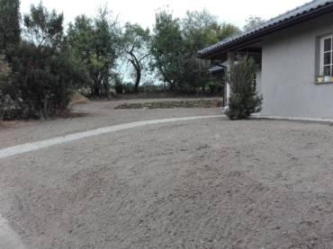 Modelace terénu a příprava terénu pro další zahradnické práce